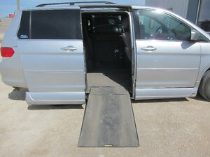 2010 Honda Odyssey EX with VMI Wheelchair Conversion