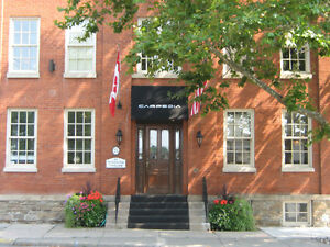 Furnished executive office Downtown Old Oakville - Historic bldg