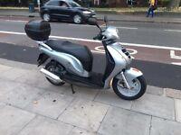Honda PES 125 A 125 cc scooter