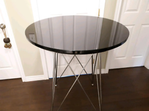 Round bar-height table