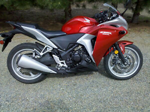 CBR250R / ABS - Like New