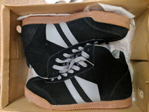 Brand New Black Grey Dunnit High Top Shoes Sizes 5.5M 6M