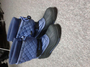 Women's Columbia Size 9 Winter Boots