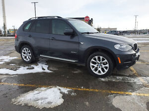 2013 BMW X5 Premium SUV ** with extended WARRANTY**