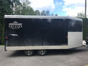 Enclosed sled trailer   With sleds