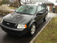 2007 Ford FreeStyle Limited AWD - Dark Grey With Black Leather!!