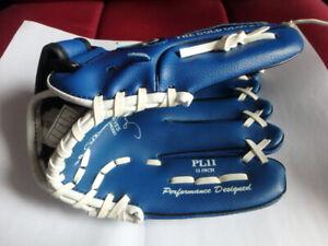 "Rawlings 11"" Youth Baseball Glove"