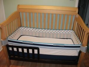Crib with Change Table and Guard Rail