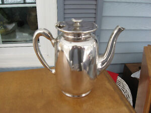 VINTAGE, CPR  HOT WATER/ COFFEE/ CHOCLOT POT