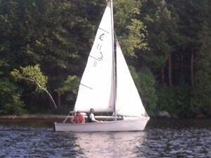 Caprice 15' Sloop Rigged Sailboat