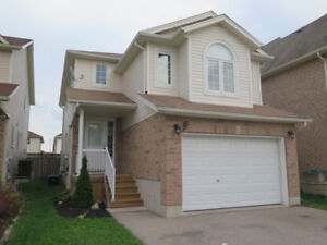 3 Bedroom House in Huron Park available for Rent