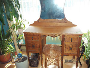 Antique desk coiffeuse commode vanity