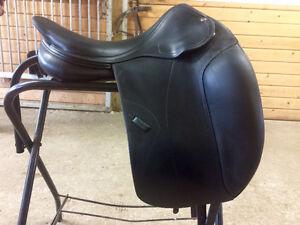 Amerigo Dressage Saddle