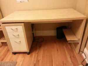 Computer Desk with matching Drawers & Shelf