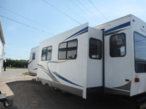 NORTH COUNTRY LAKESIDE 291RLS TRAVEL TRAILER