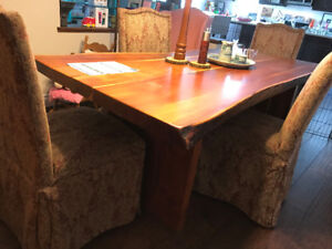 dining room table sits 6 or 8