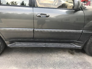 Lexus LX470 Side steps may fit 100 series land cruiser