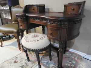 """Exceptional antique French Provincial """"writing"""" desk"""