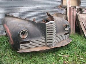 1942 Packard Clipper front fenders and grilles - no rust