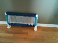 Guard rail for baby bed