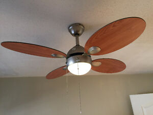 4 pieces of Ceiling Fans