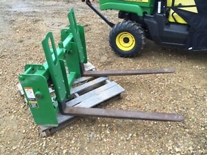 Frontier Two-In-One Pallet Forks  Bale Spear
