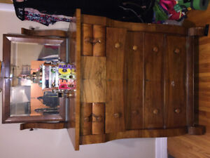 ANTIQUE VINTAGE DRESSER SET FOR SALE