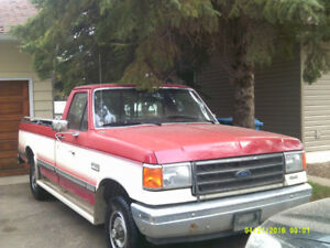 1989 Ford F150... 5 Speed... $4800