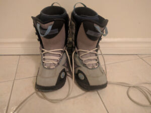 woman snowboard boots size 8