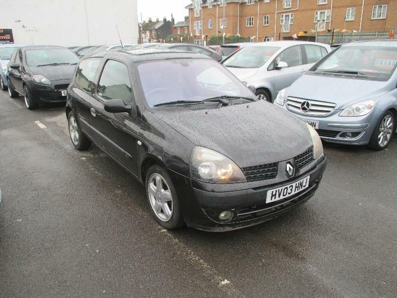 renault clio 1 2 dynamique billabong hatchback 3d 1149cc in portsmouth hampshire gumtree. Black Bedroom Furniture Sets. Home Design Ideas