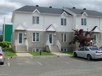 MAISON À LOUER LÉVIS, Secteur Charny 3 ou 4 chambres