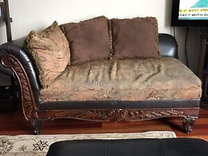 Sofa set - moving and must sell