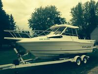 Priced to sell! 2001 Campion Explorer 26 ft