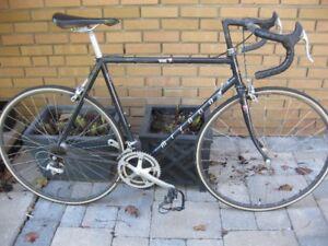 Miyata 914 (Nine 14) road bike
