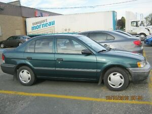 1998 Toyota Tercel échange possible avec Ford Windstar SE OU SEL