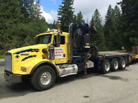 2009 KW T800 w/ almost NEW Knuckle Boom 14 TON