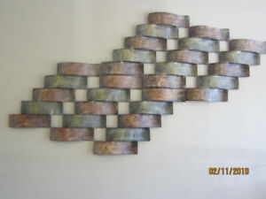 LARGE METAL ART PIECE CAN BE DIVIDED INTO TWO PIECES