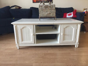 For Sale: White Wooden Coffee Table