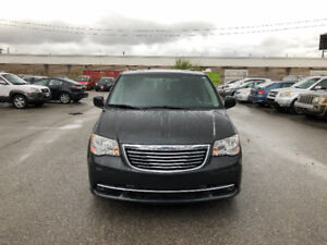 2011 Chrysler Town & Country. CERTIFIED, ETESTEDTY, WARRANTY