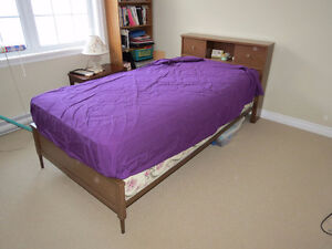 single bed & dresser with mirror