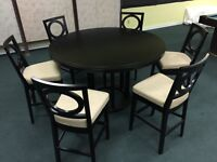 Beautiful ROUND BAR HEIGHT TABLE WITH 6 CHAIRS