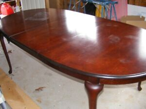DINING TABLE 100.00
