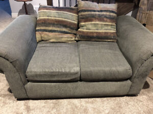 Post Your Clified Or Want Ad In Sudbury Couches Futons It S Fast And Easy