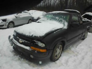 2002 CHEV S10.. JUST IN FOR PARTS AT PIC N SAVE! WELLAND