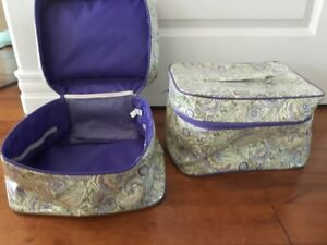 Set of 2 storage containers