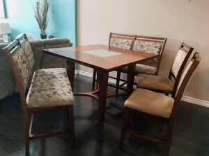 Counter Height Dining Set / Pub Dining Room Table Set