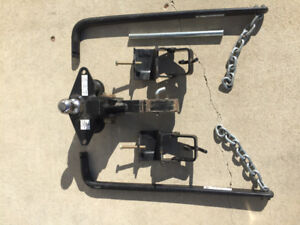 Weight distributing trailer hitch for sale