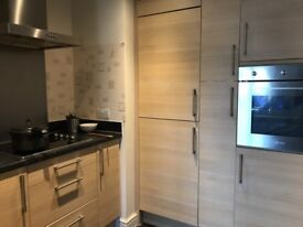 Double Bed Room available just next door to Milton Keynes College