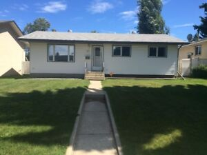 House for rent October 1