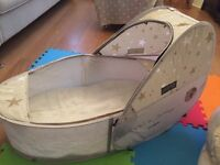 Samsonite baby travel cot (Never been used)